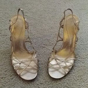 Gold all leather heeled sandals 7 1/2